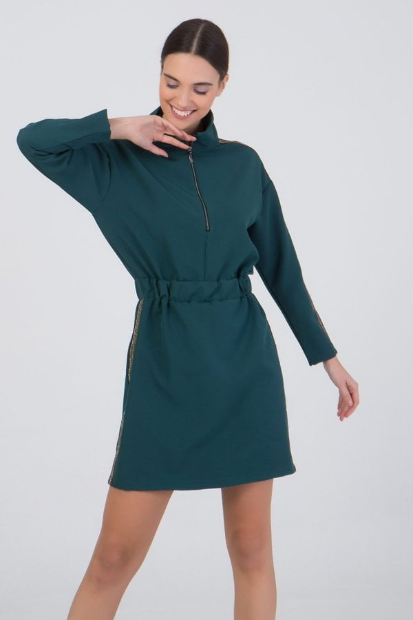 Φόρεμα κοντό με τρέσα στο πλάι Benissimo