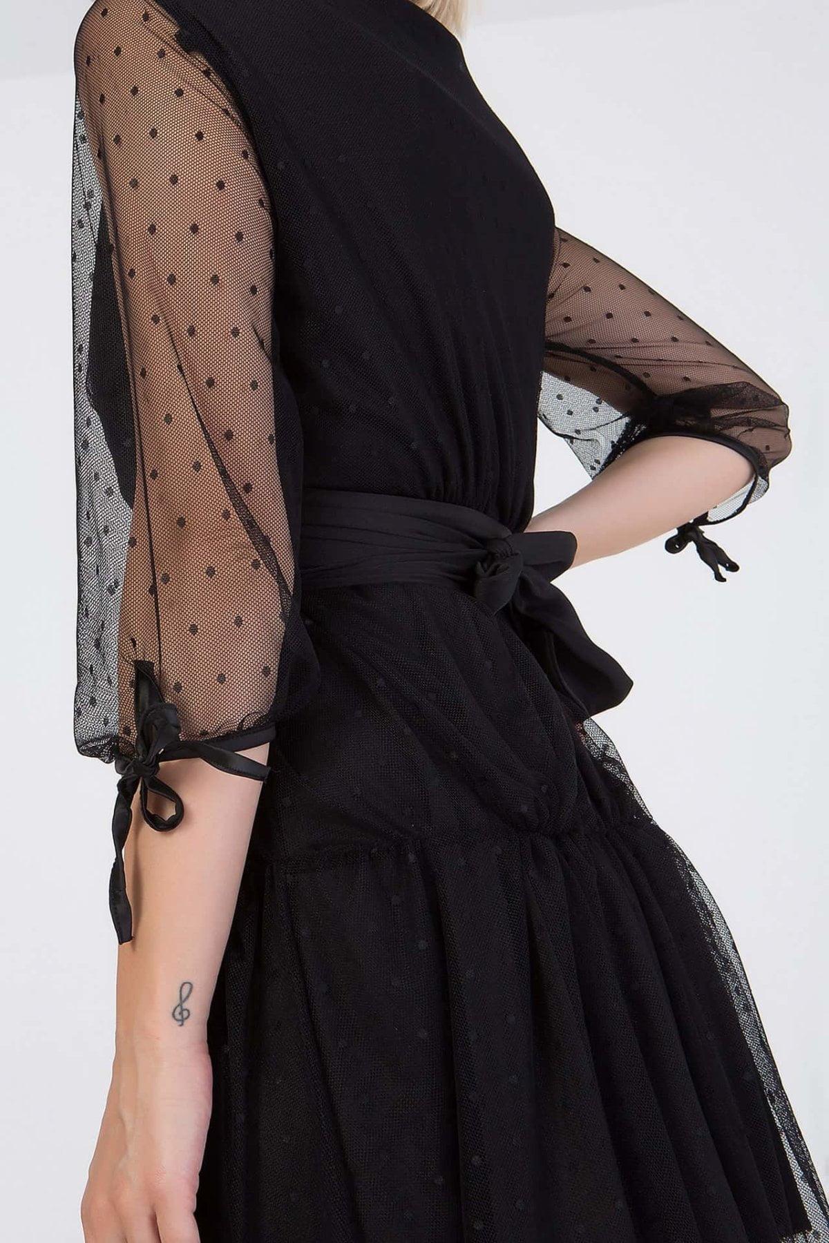 Φόρεμα με διαφάνεια στα μανίκια Benissimo