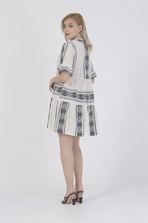 Φόρεμα κοντό με σχέδια και τρουα κάρτ μανίκια Benisssimo