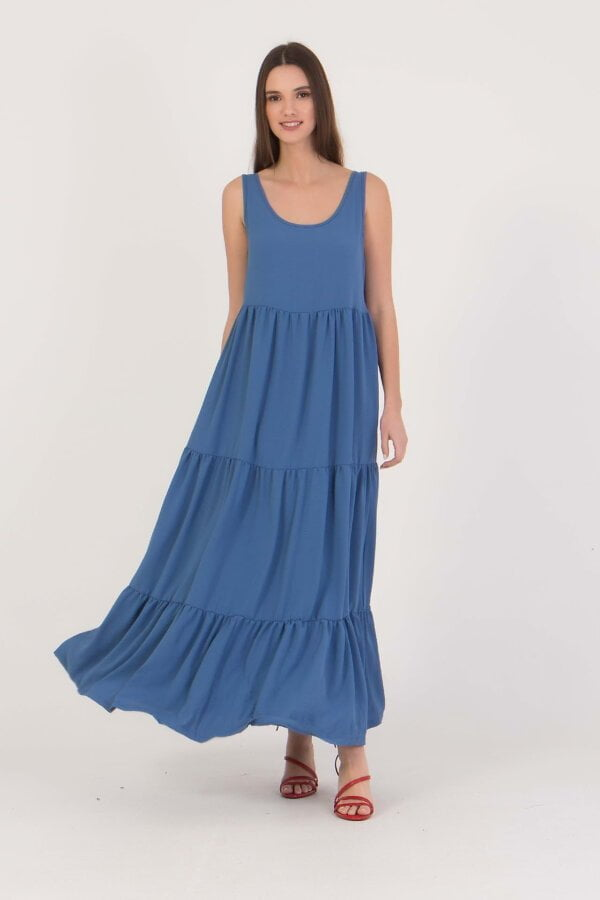 Φόρεμα με φαρδυά τιράντα και βολάν στο τελείωμα Benissimo